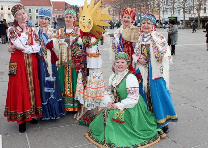 Русские на масленице в Австрии