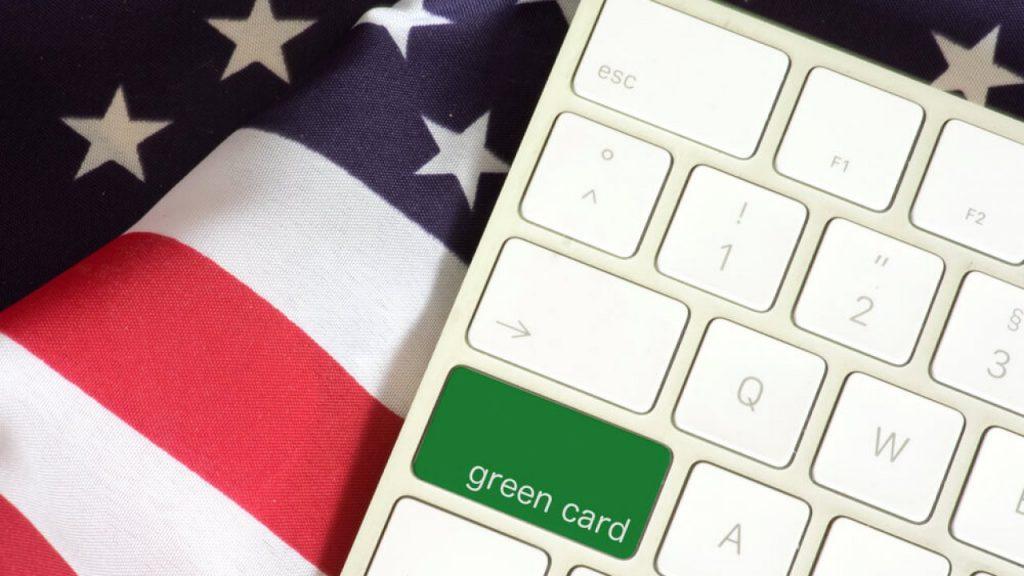 Образование в анкете на Green Card: какое образование указывать, как не допустить ошибки