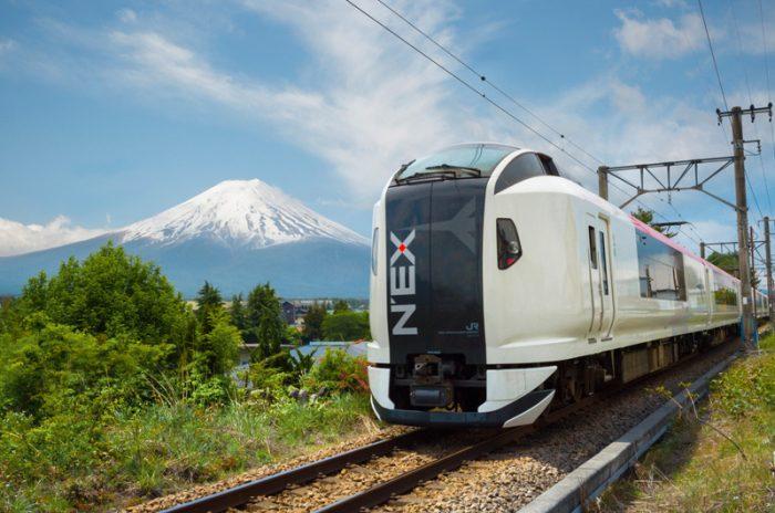 поезд narita express