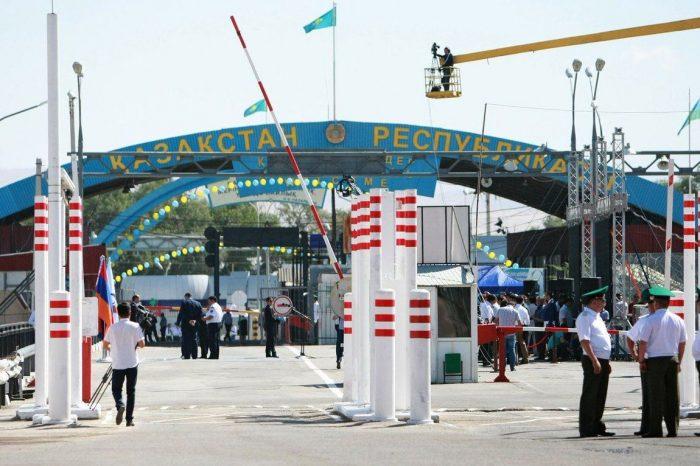 Откроют ли сухопутные границы с Казахстаном и Россией весной 2021 года