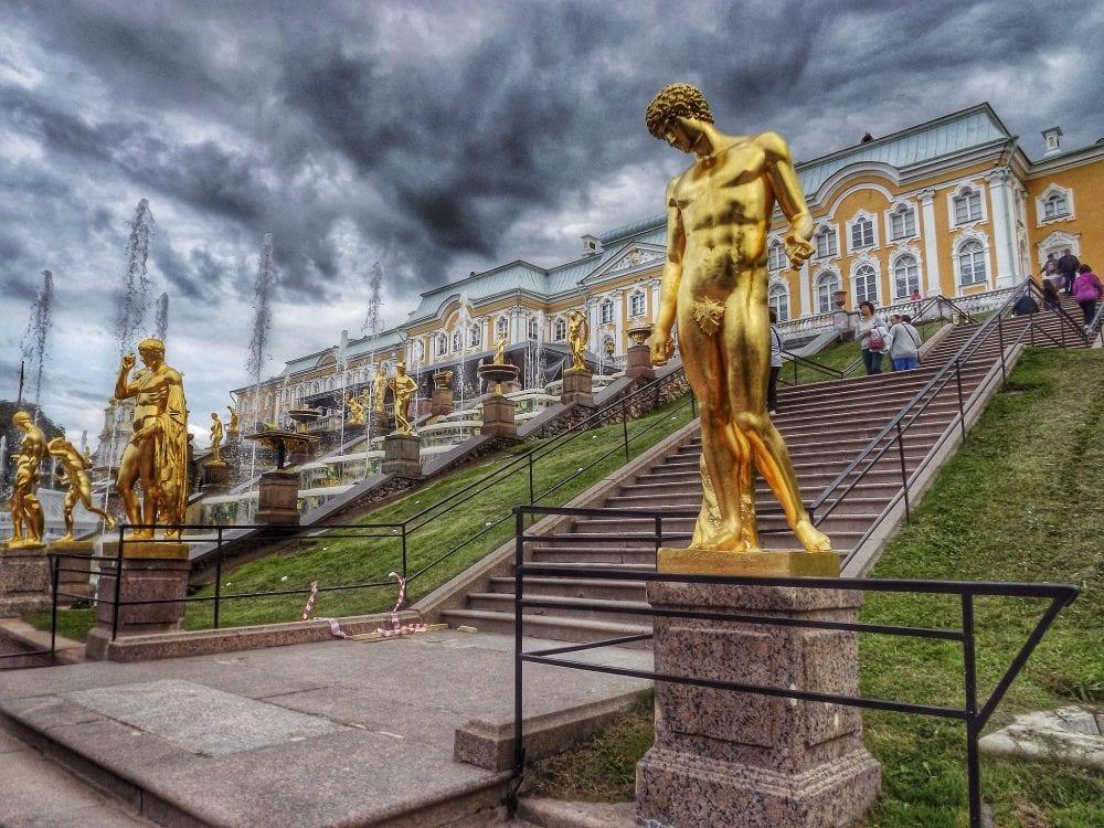 Дворцово-парковый ансамбль Петергоф