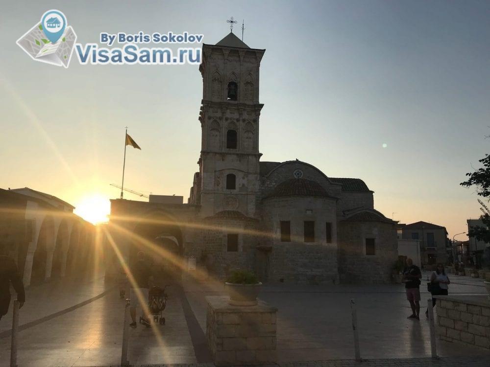 церковь Святого Лазаря на закате