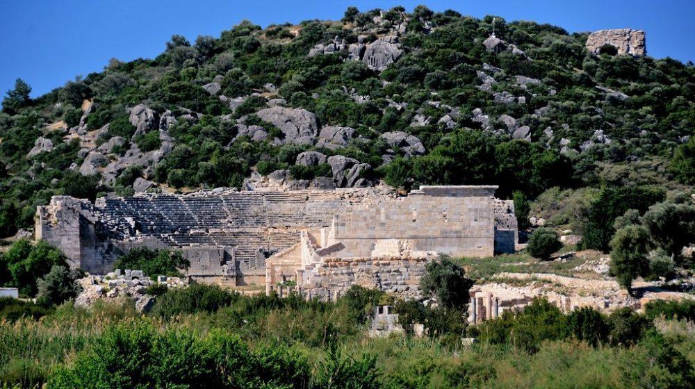 Амфитеатр в Патаре
