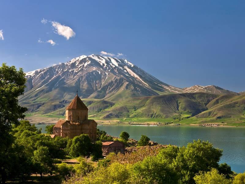 Гора Артос