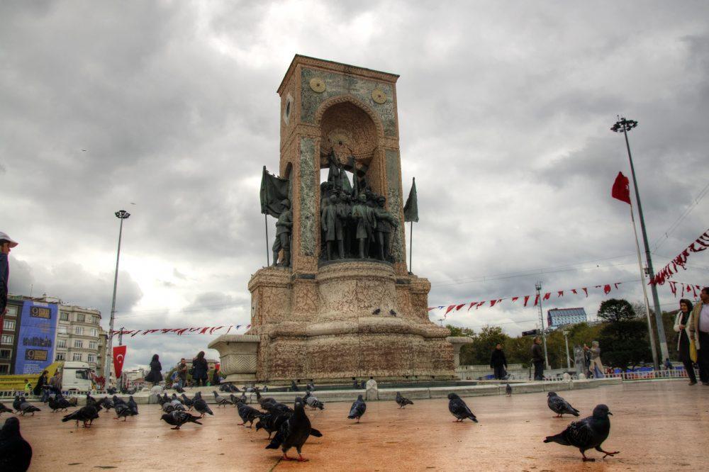 Republic Monument İstanbul